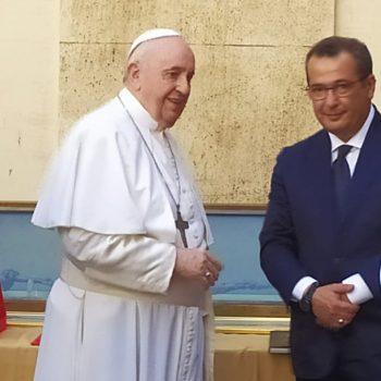 papa francesco ugo de flaviis bastone san giuseppe